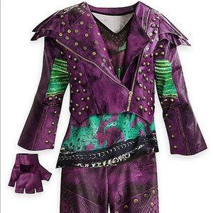 Mal descendants costume size 4